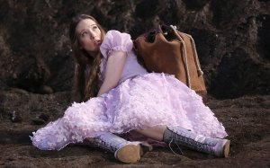 sophie-lowe-once-upon-a-time-in-wonderland